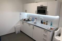 ČL-montáž-kuchyňky-se-spotřebiči